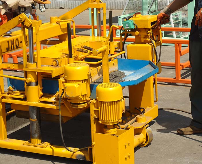 QMY4-45 Electric mobile block machine for concrete blocks