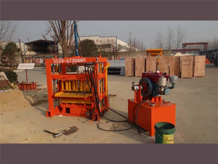 QT4-30 small hydraulic concrete block machine for cement blocks, interlocking briks